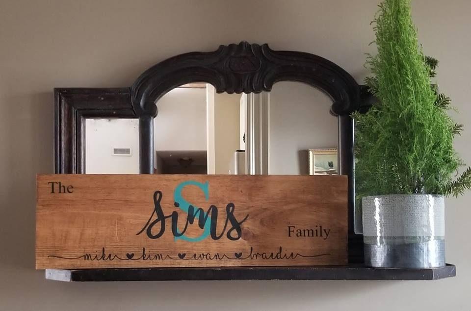 family sign.jpg